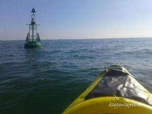 Kayak en el Delta del Ebro. De San Carles de la Rapita a la Punta de la banya en piragua