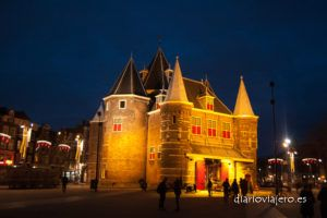 Imágenes de Amsterdam por la noche