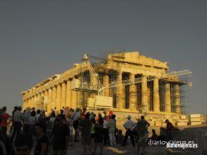 Explorando Atenas, paseando por la plaza Syntagma, Plaka y el Partenón. Agora y Pireo
