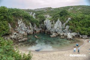 Como llegar a la Playa de Gulpiyuri en Llanes