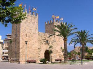 Que ver y hacer en Alcudia. Propuestas de ocio y deportes acuáticos